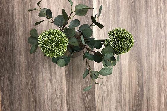 Vi har lansert vakre Pale Oak og Elegant Oak